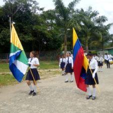 Izadas de Bandera